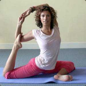 yoga-teacher-sasha-dae