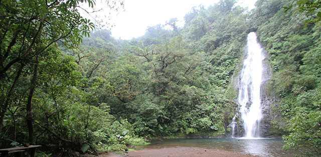 el-silencio-waterfall-640px