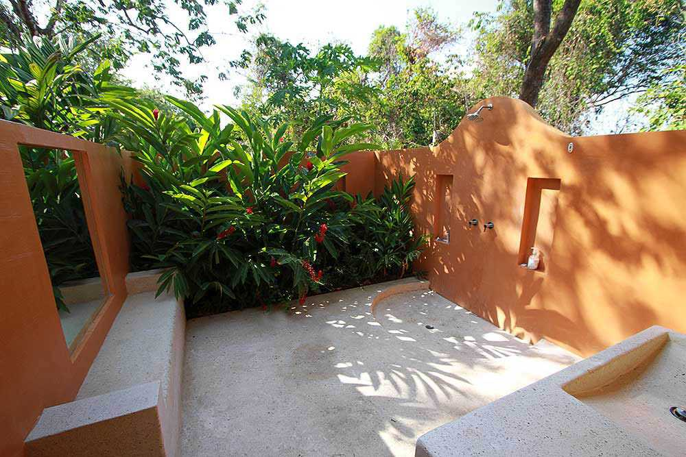 Tropical green building - outside garden