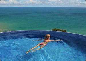 montezuma infinity pool