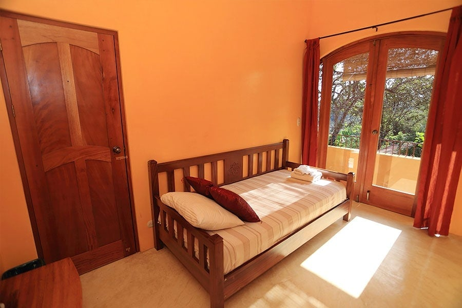 Serafina Room 2