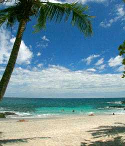 Playa Las Manchas in Montezuma, Costa Rica - A great snorkeling and swimming beach.