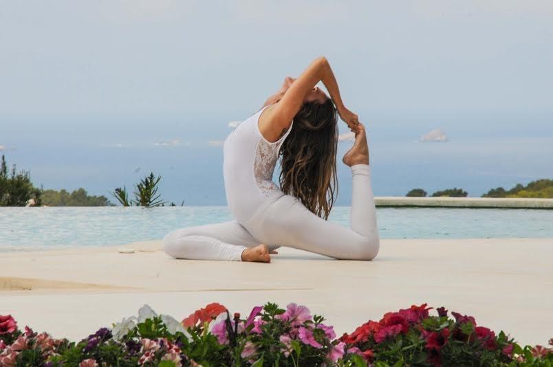 lena yoga pose