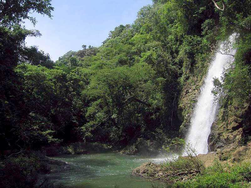 Montezuma Falls side view