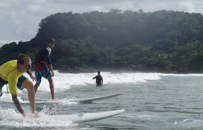 Beginners surfing class at Playa Grande