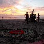 min harmoni - beach bonfire sunset