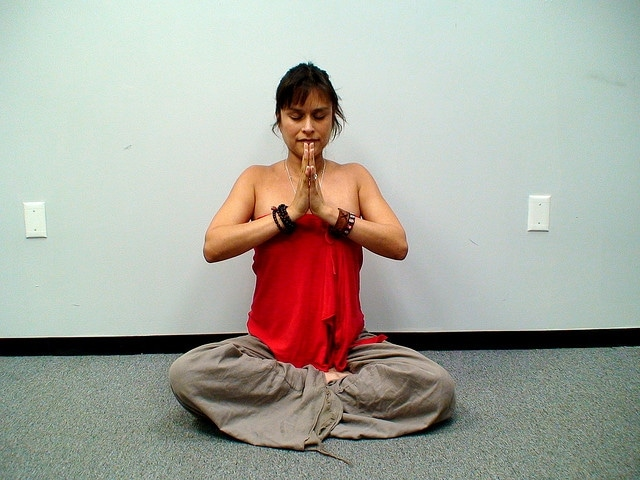 Easy Pose (Sukhasana)  via flckr https://www.flickr.com/photos/everydayelsie/2576369660/
