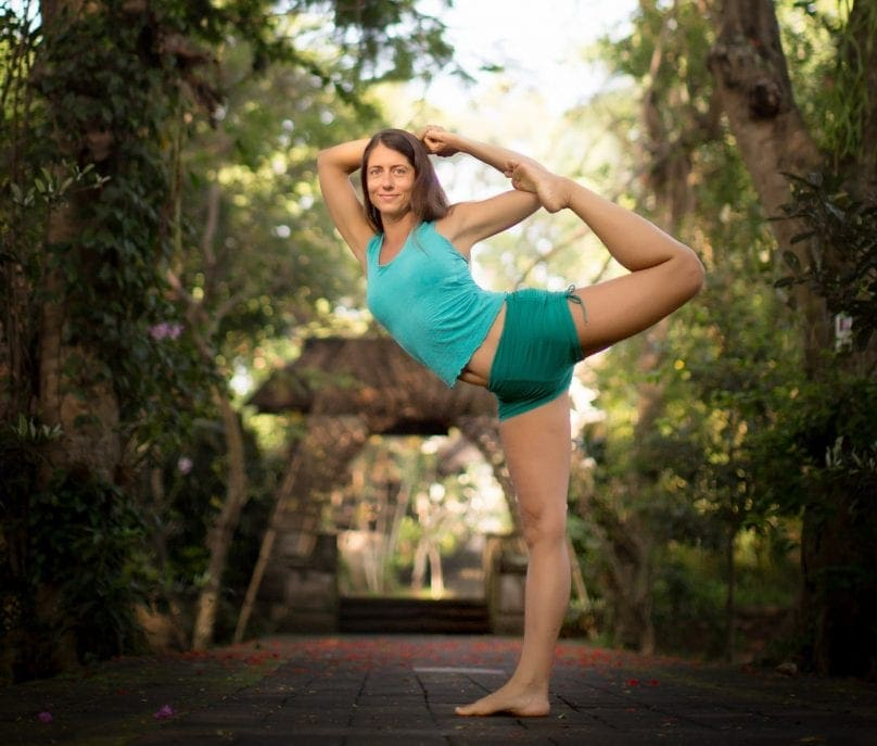 cat kabira yoga pose