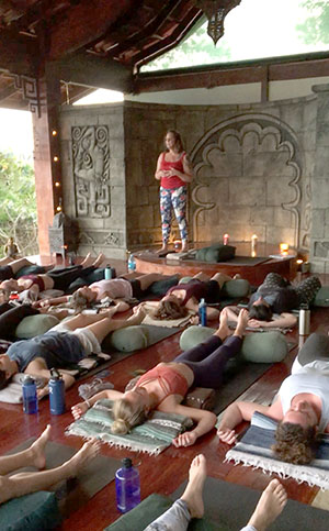 Teaching Yoga YTT